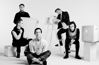 The Neighbourhood, фото